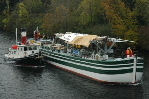 Replica 1862 Canal Schooner Lois McClure on the Champlain Canal – Stern. Courtesy Lake Champlain Maritime Museum